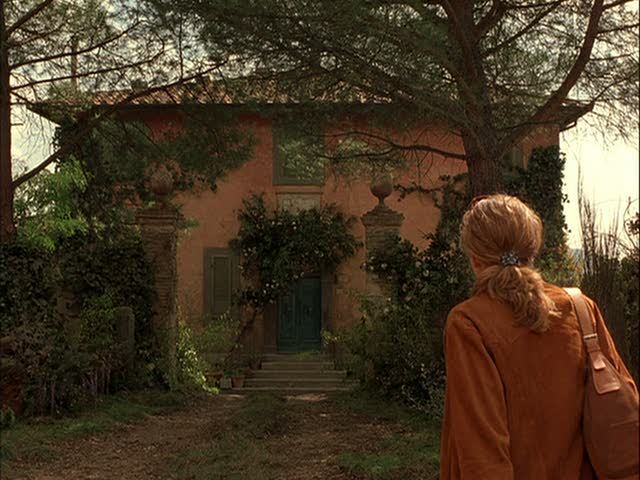 Diane-Lane-Under-the-Tuscan-Sun-villa-Bramasole